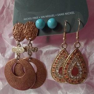 Three pair earring lot